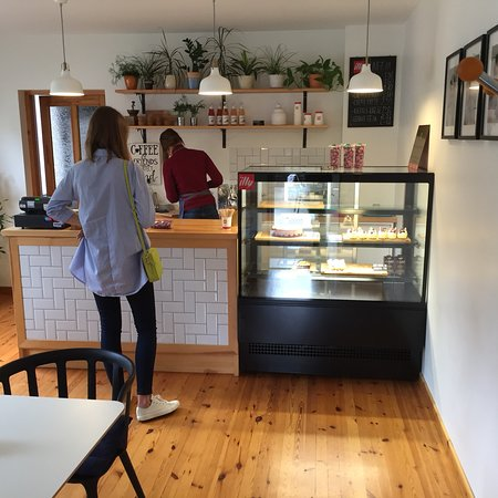 Talsi, Letland: Very nice place where enjoy Illi coffee and delicious cakes