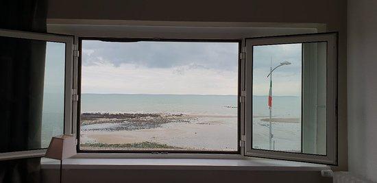 Veulettes-sur-Mer, France: 20180914_092248_large.jpg