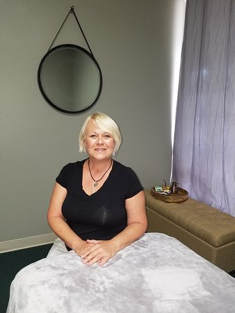 Venice, FL: My bodywork offers detox or reiki treatments in addition to traditional massage.