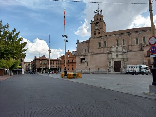Plaza Mayor de la Hispanidad: IMG_20180916_160333037_HDR_large.jpg