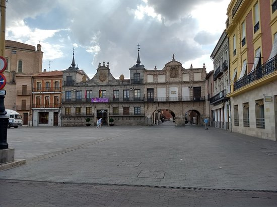Plaza Mayor de la Hispanidad: IMG_20180916_160340505_HDR_large.jpg