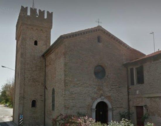 Fano, Itálie: facciata
