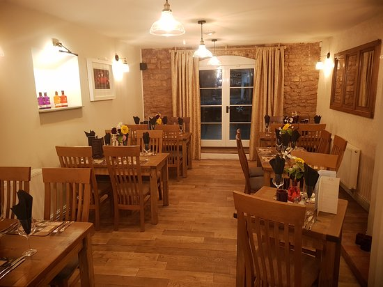 Alveley, UK: Cosy Restaurent