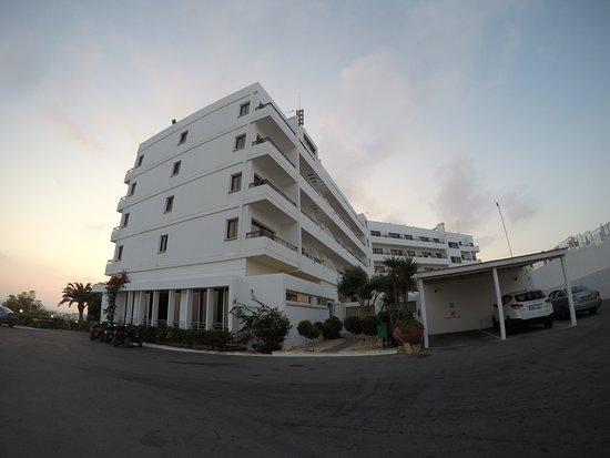 Bella Napa Bay Hotel: Bella Napa bay