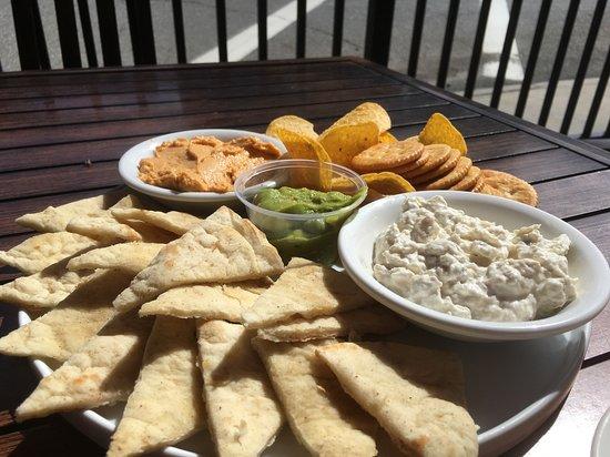 Garrettsville, OH: Trio Dippling Appetizer