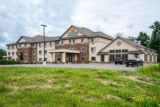 Chisago City, MN: Hotel exterior