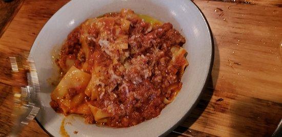 Glen Rock, NJ: Pasta with meat sauce