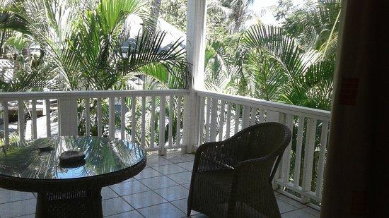 Paradise Beach Hotel: Habitación con lindas vistas.