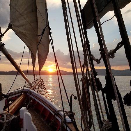 Schooner Appledore II Windjammer Cruise: photo0.jpg