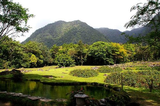 El Valle de Anton Tour from Panama...
