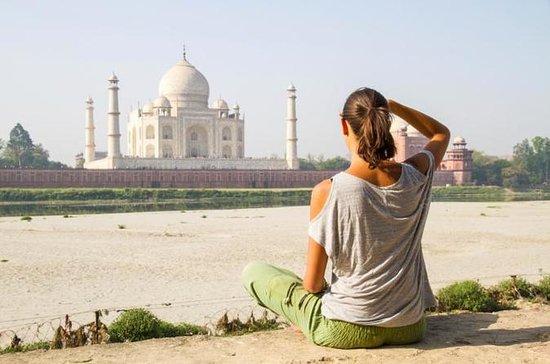 Le voyage d'Agra le jour même de...