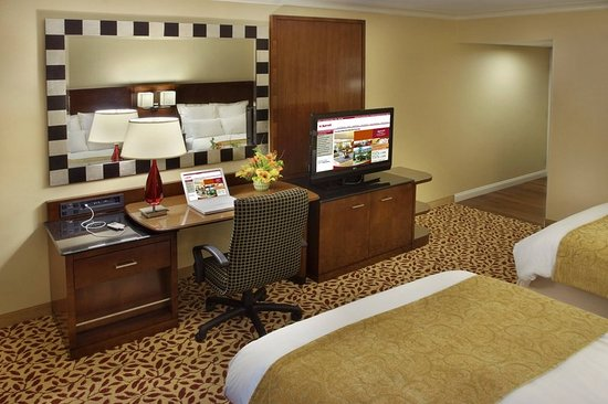 Best Price For Hotel Room In Trumbull Ct