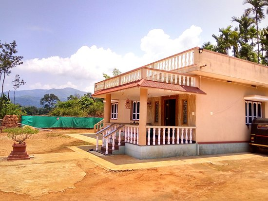 Samse, Indien: Side view