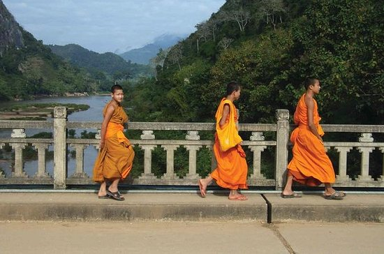 6-Day Laos Discovery: Vientiane to...