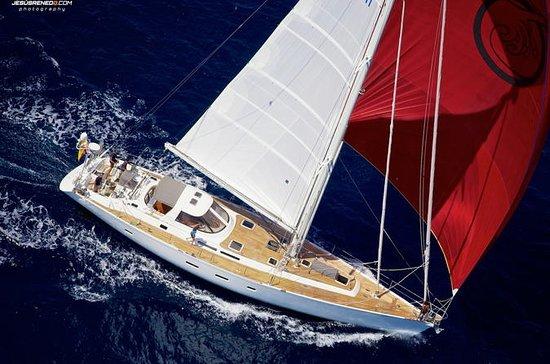 Sailing Around the Islands of Rosario...