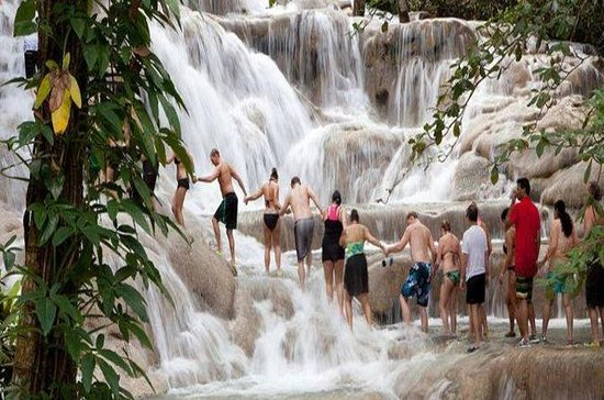 Dunn's River Falls and Blue Hole Combo Tour From Ocho Rios 사진
