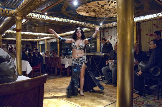 Dinner Nile Cruise Trip in Kairo mit...