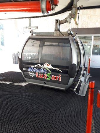 Telecabina Monte Lussari/Italia: Tato kabinka vás doveze do pohádky.