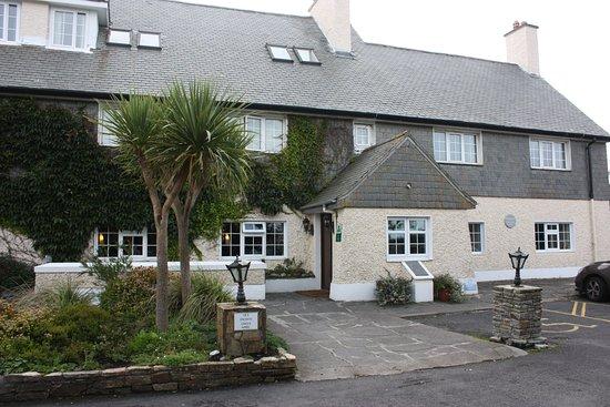 Renvyle, Ireland: The hotel's front entrance