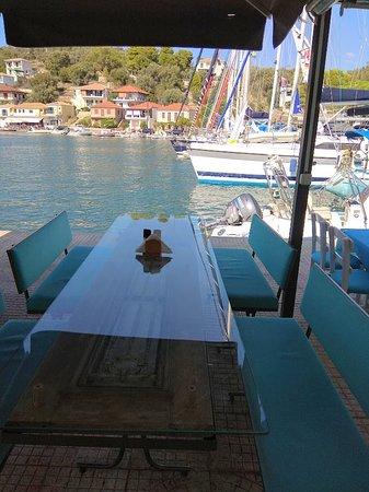 Vathy, Greece: Μαρινάτα!