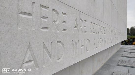 Tekst Op De Muur.Tekst In De Muur Picture Of Ardennes American Cemetery And