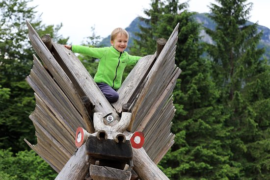Ukanc, สโลวีเนีย: Zlatorog Fairy Trail