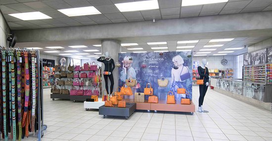 Randburg, África do Sul: Via La Moda - Go on Spoil yourself