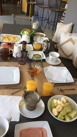 Eliathos Archanes Residence Houses: Breakfast