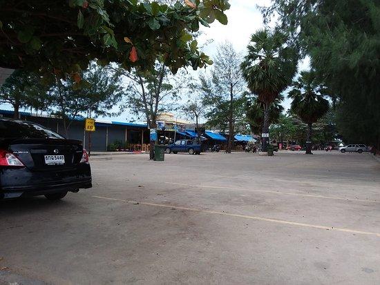 Hat Chao Samran, Tailandia: Plaza