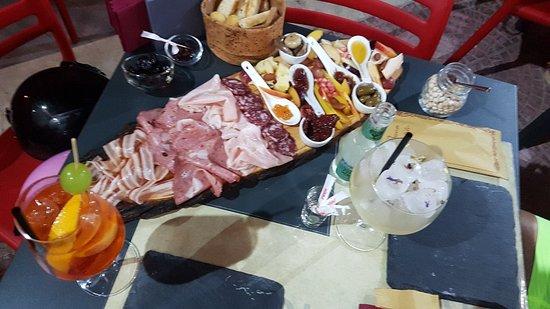 Sciuri e Fava Winebar e Cucina Foto