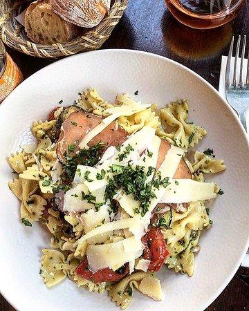 Une salade ? Voici la Toscane :-)