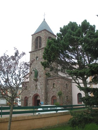 Saint-Pierre Cathedral: Go inside