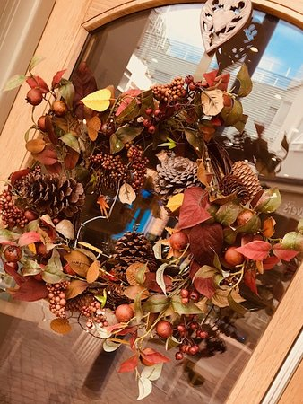 Some lovely autumnal wreaths for both the #Takeaway & #Restaurant front doors!