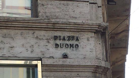 Monumento a Vittorio Emanuele II: SCRITTA...