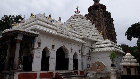 Sakshigopal Temple