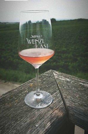 Weingut Wenzl-Kast