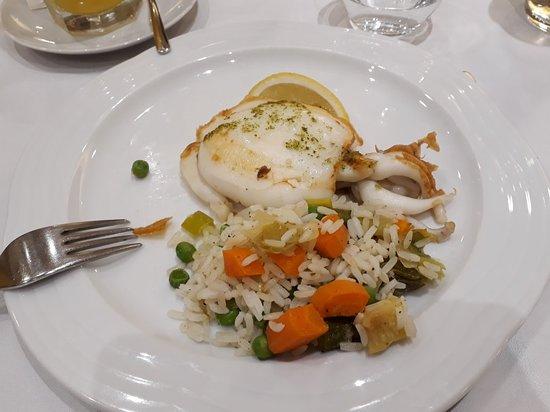 Restaurante del Hotel Delfín: 20180913_213854_large.jpg