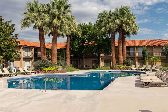 Desert Garden Inn, A Trademark Collection Hotel