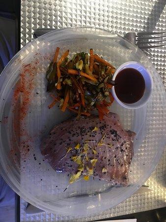 Restaurante Aparicio's: Seared Tuna with Teriaki Sauce