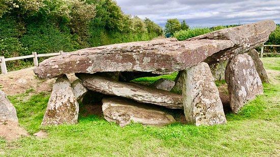 Dorstone, UK: The Stones