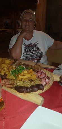 Koscielisko, Polônia: Pyszna goralska kuchnia !