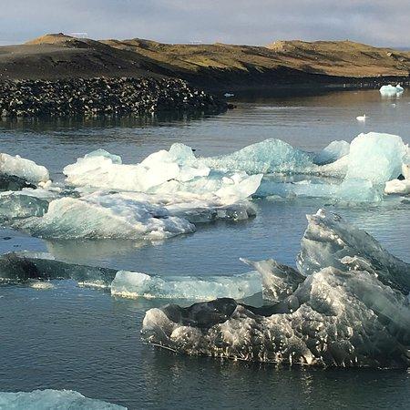 Jokulsarlon Lagoon Photo