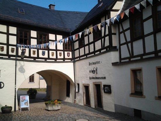 Perlmutter - und Heimatmuseum