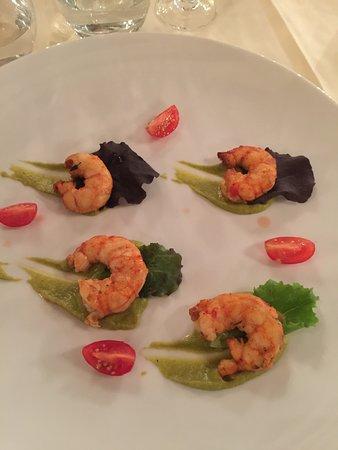 Montlhery, France: Shrimp appetizer