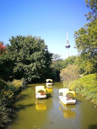 حديقة لويس بارك بـ مانهايم: Luisenpark Mannheim