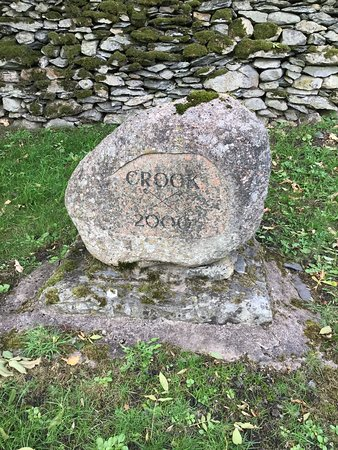 """The """"Crook Millennium Stone"""" stands in the Pinfold (Pound) beside the Sun Inn"""