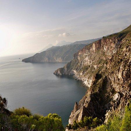 Osservatorio Geofisico di Lipari: photo3.jpg