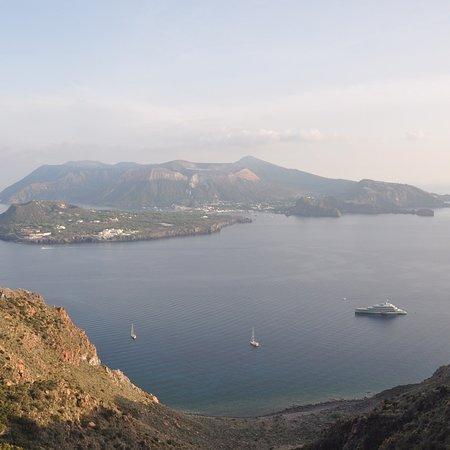 Osservatorio Geofisico di Lipari: photo4.jpg