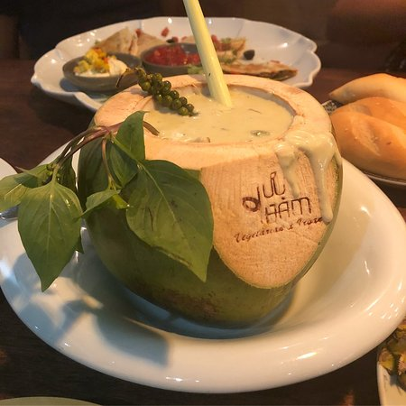 Mushroom green curry