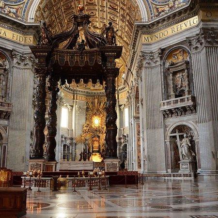 Βασιλική του Αγίου Πέτρου: photo3.jpg